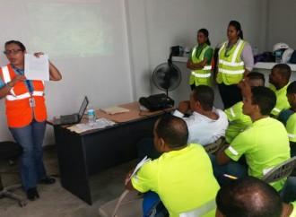 Trabajadores de la construcción delnuevo hospital de Colón se beneficiaron conFeria de Salud