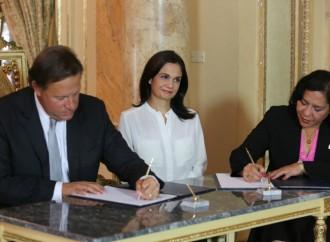 Presidente Varela reglamenta Ley que adopta medidas de prevención de la violencia contra las mujeres
