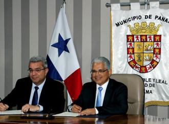 Alcaldía de Panamá y Microsoft firman convenio para capacitar a jóvenes en el sector tecnológico