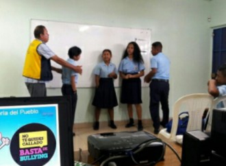 Estudiantes y Docentes de Arraiján participan en Talleres sobre Acoso Escolar