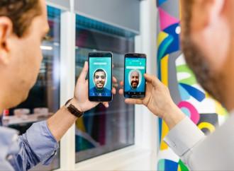 Sonría a la cámara: Visa y Banco Neon lanzan servicio que con usar una selfie confirma compras online