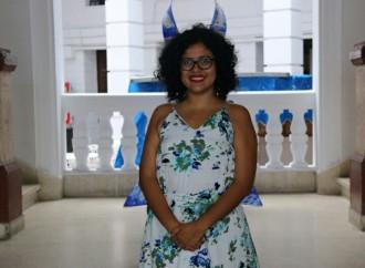 Corina Rueda se alza con el premiode Poesías Gustavo Batista Cedeño