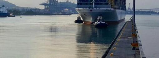 Portacontenedor OOCL France establece nuevo record en elCanal de Panamá