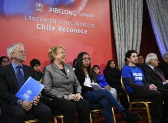 """Proyecto """"Chile Reconoce"""" rectifica nacionalidad chilena de hijos de extranjeros transeúntes"""
