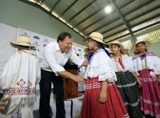 Gobierno pone en marcha nuevas obras viales en Herrera