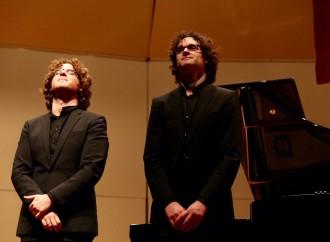 Los Hermanos del Valle realizaron un concierto a dos pianos y a cuatro manos en Panamá