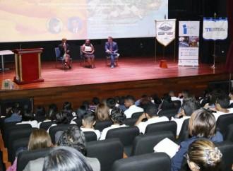 Estudiantes y Docentes participan en conferencia sobreefectos del cambio climático en Panamá