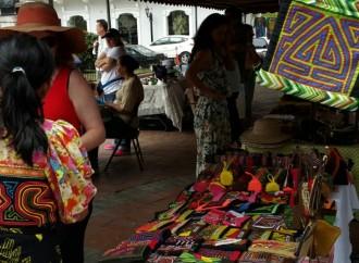 Creatividad, Arte y Folclore disfrutaron los visitantes de laPlaza Catedral del Casco Antiguo