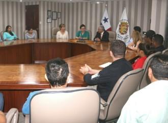 Municipio capitalino suscribe convenio con fundaciones a favor de los animales y mascotas