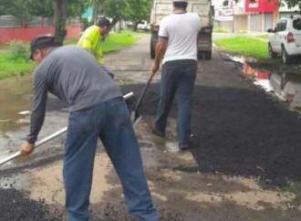 MOP aplicó más de190 toneladas de asfalto en calles del corregimiento de David