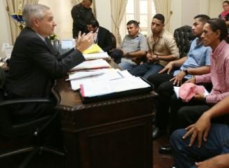 Gobierno atiende en diálogo franco a transportistas de carga
