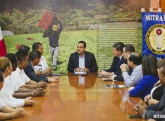 Trabajadores del sector aeroportuario alcanzan nuevo acuerdo colectivo