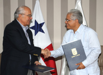 Alcaldía de Panamá y Cruz Roja firman acuerdo a beneficio de Adultos Mayores