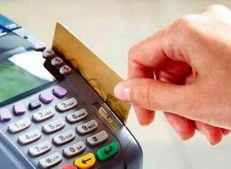 Honduras: Presidente Hernández insta al Congreso Ley de Tarjetas de Crédito para sancionarla