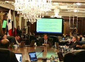 Avalan proyecto que regula relaciones colectivas en sector público