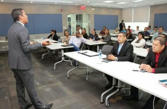 Empresarios del Área Panamá Pacífico participan en capacitación sobre régimen laboral y programas sociales