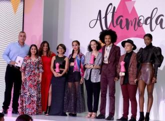 AltaPlaza Mall realizó con éxito el Young Fashion Designer Awards