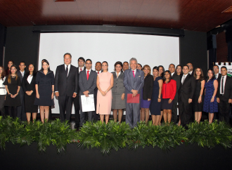 Abierto concurso de ingreso a la carrera diplomática y consular