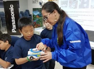 PANASONIC promueve el cuidado del medio ambiente con los niños del Panamerican School