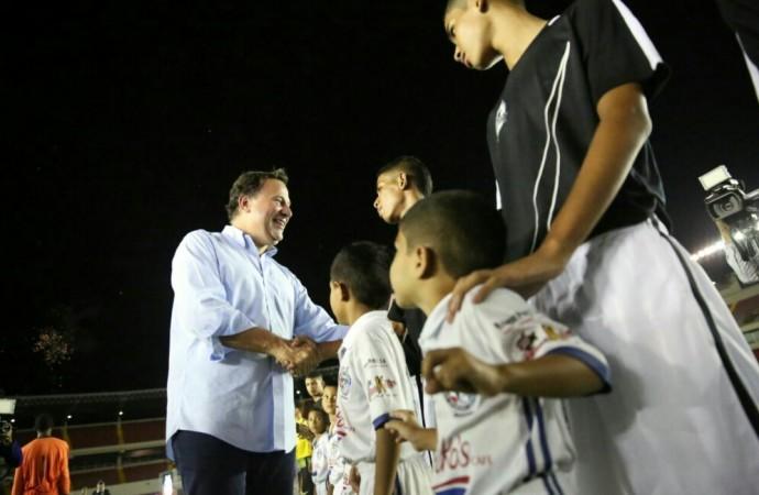 Varela inaugura Copa Presidente de Fútbol y destaca inversión de 280 millones de balboas en materia deportiva