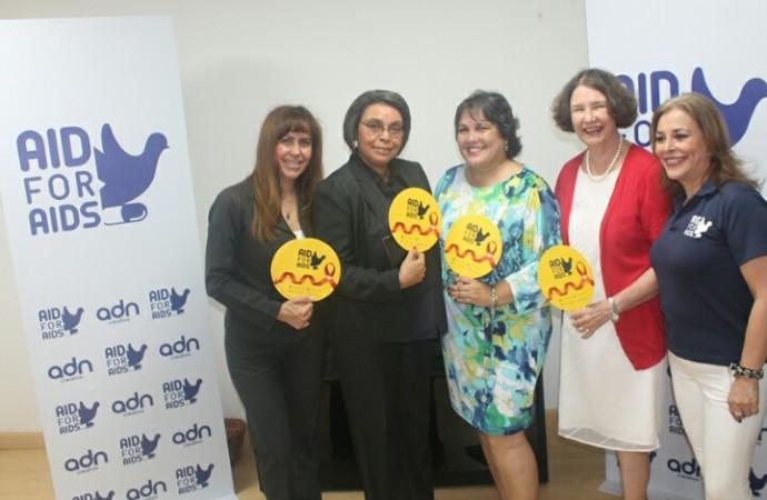 Despacho Primera Dama reconoce labor de nuevo centropara el abordajeintegral del VIH en Panamá