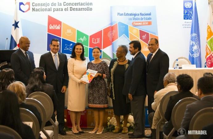 CCND hace entrega oficial del PEN 2030