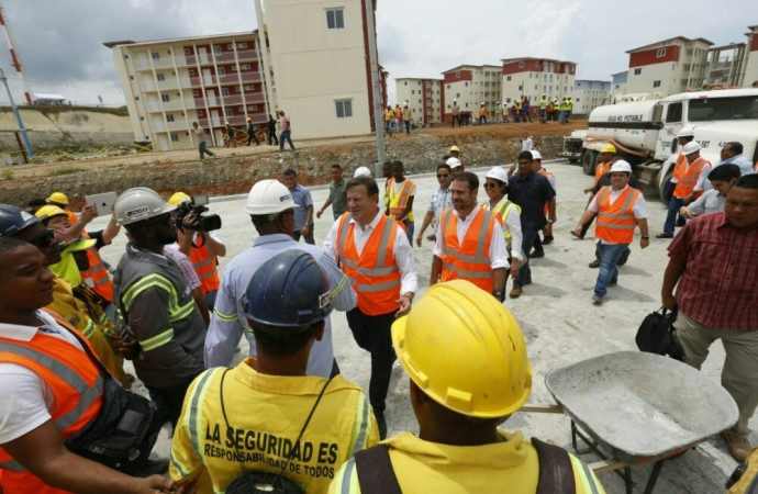 Gobierno entregará este año primeros apartamentos del proyecto Renovación Colón