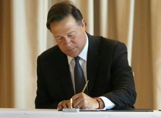 Presidente sanciona Ley de Contrataciones Públicas