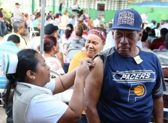 Ministro de Salud llama a la población a vacunarse de manera gratuita contra la influenza