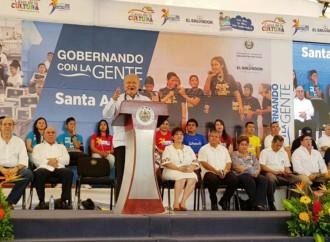 Presidente Sánchez Cerén llama a partidos políticos a construir juntos un pacto fiscal