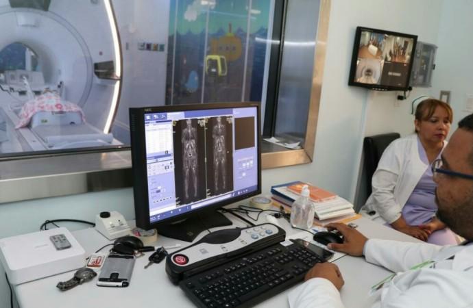MINSA invierte B/2.3 millones en primer equipo de resonancia magnética pediátrica
