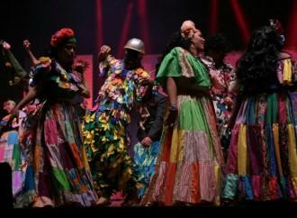 Hoy continúa la gala folklórica Raíces, en el Teatro Balboa