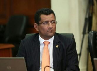 Ejecutivo designa a Emilio Sempris como ministro titular de Mi Ambiente