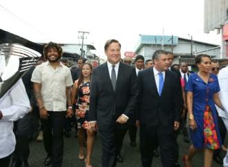 Presidente Varela se une a colonenses para conmemorar gesta separatista