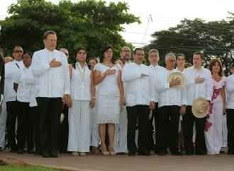 Presidente Varela celebra junto a santeños el 196 aniversario del Primer Grito de Independencia