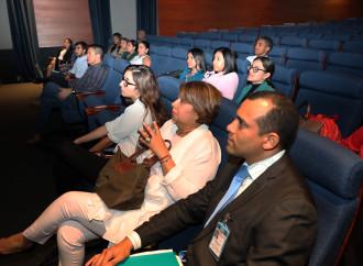 MIRE promueve el desarrollo en el área académica de los profesionales panameños