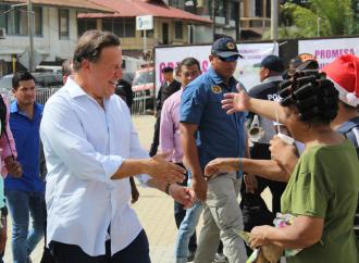 «Recuperamos estas tierras en manos privadas para dársela a los colonenses», afirmó presidente Varela al inaugurar el Paseo Marino