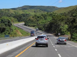 Autoridades habilitan a 4 carriles los 185 kilómetros de la carretera Santiago-David