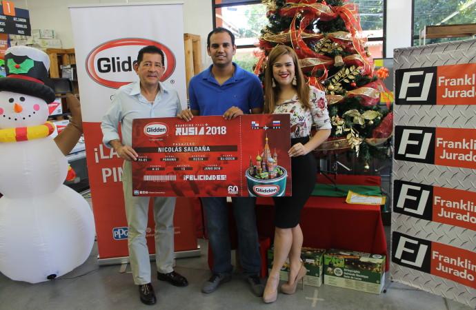 Glidden premia a fanáticos del fútbol