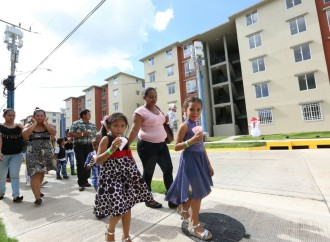 Gobierno entrega el proyecto de vivienda más grande construido en la provincia de Veraguas
