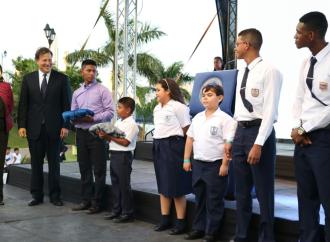 Gobierno alcanza los 116 mil docentes y estudiantes beneficiados en idioma inglés con el programa Panamá Bilingüe
