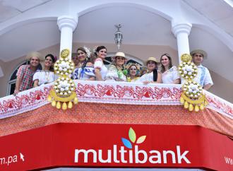 Multibank participó del Desfile de las Mil Polleras