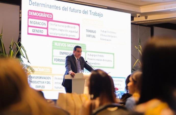 El futuro del trabajo representa retos en materia de educación y formación laboral, Luis Ernesto Carles