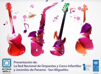 Modulo Orquestal de San Miguelito engalana Atrio Mall para celebrar elDía de Reyes