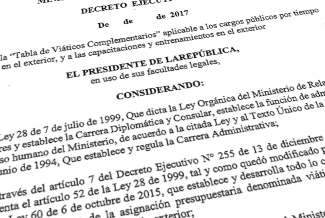 Gobierno redujo pago de vi ticos para funcionarios en for Funcionarios docentes en el exterior