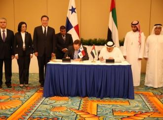 Panamá y los Emiratos Árabes Unidos firman acuerdo para promover mayor inversión