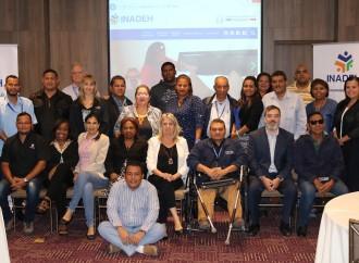 INADEH promueve la actualización curricular y evaluación por competencias