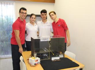 "La SENACYT realizó la Final de la Competencia del Torneo de Física ""Caja de Seguridad"""