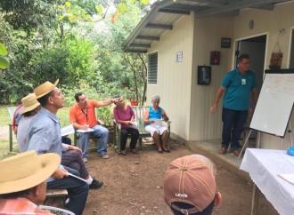 MIDA capacita a productores de Los Santos sobre manejo agroecológico del café