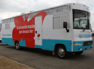 """Clínica """"Amor Sobre Ruedas"""" lleva atención de salud a los residentes de Ocú y Parita"""